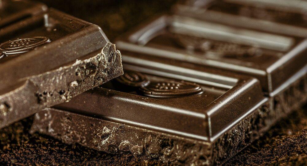 Haftada en az bir kez çikolata yemek kalp damarlarını sağlıklı kılıyo