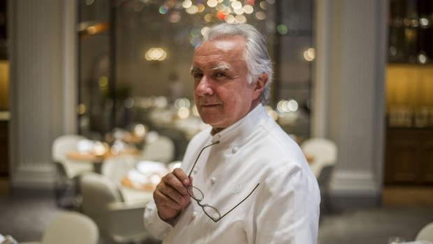 Alain Ducasse, restoranlarda yemek yemenin evden daha güvenli olduğunu söyledi