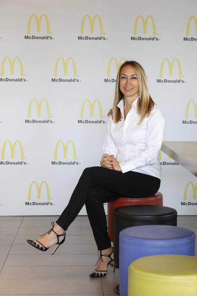 McDonald's lezzetleri görme engelliler için seslendirildi