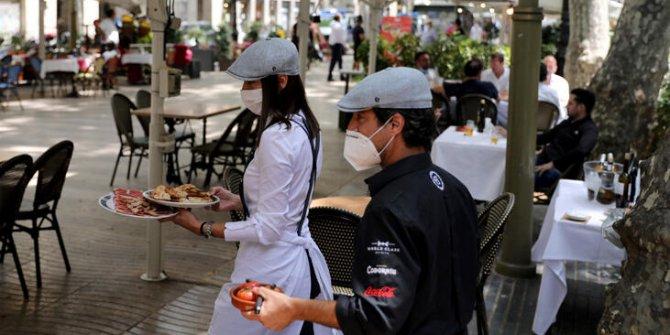 İspanya'da aşçılar önlük bıraktı