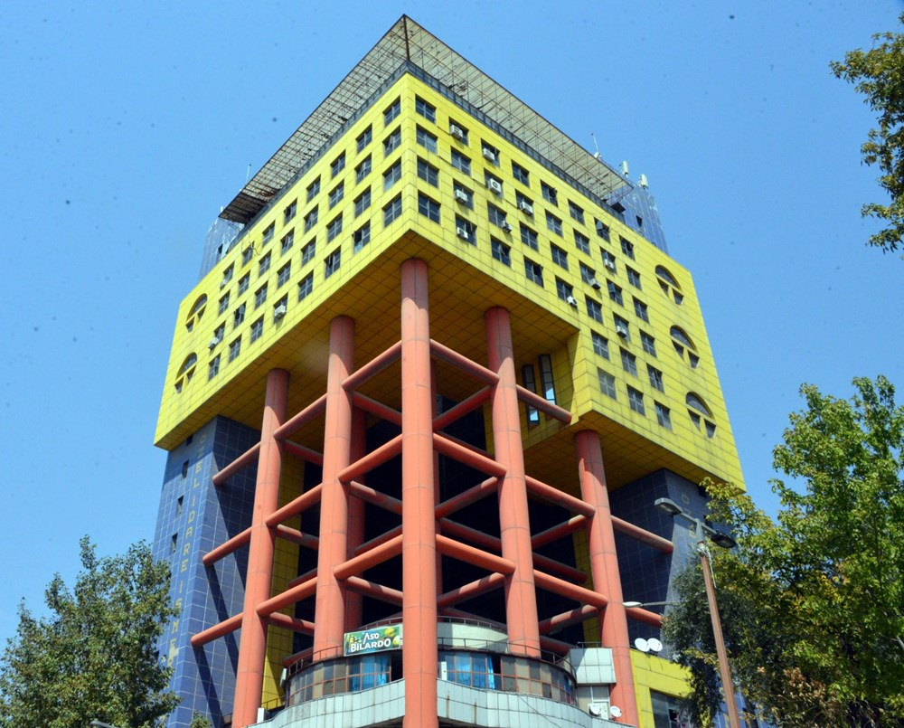 Dünyanın en saçma binası otel oluyor