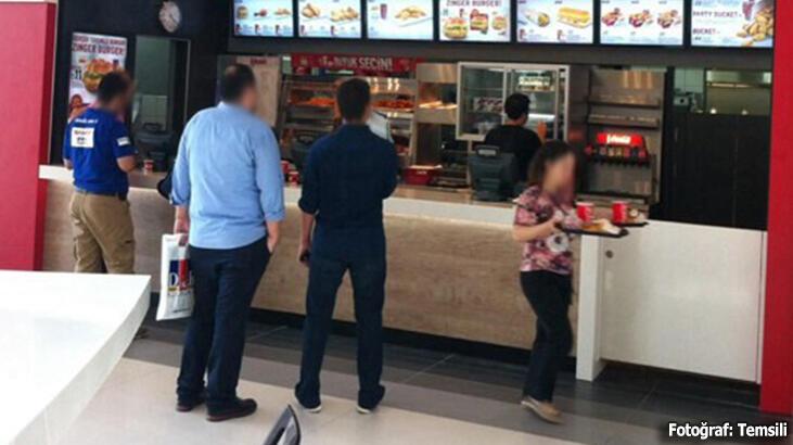 Dünyaca ünlü fast food zincirinde skandal! Özel bir cihazla...