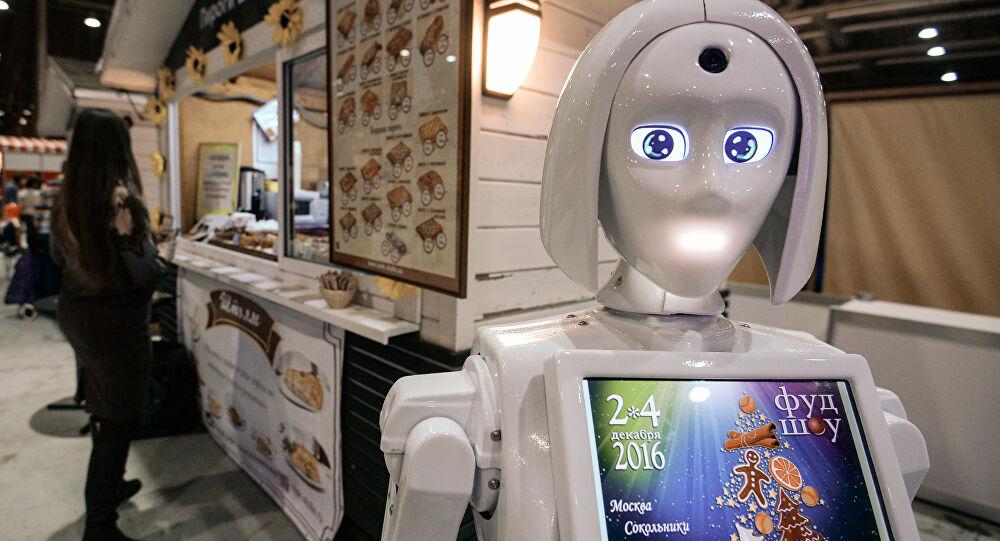 Moskova'da mutfakta robot aşçı var