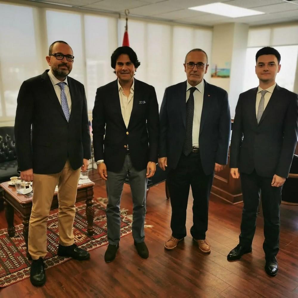 Gastronomi Turizmi Derneği Başkanı Türk mutfağı'nı ve Türk ürünlerini Amerika'ya tanıtmak için ziyarette bulundu.