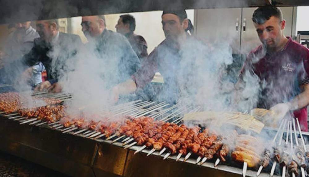 Dünyanın en iyi geleneksel yemekleri belli oldu! Türkiye'den Adana kebap ikinci sırada yer aldı