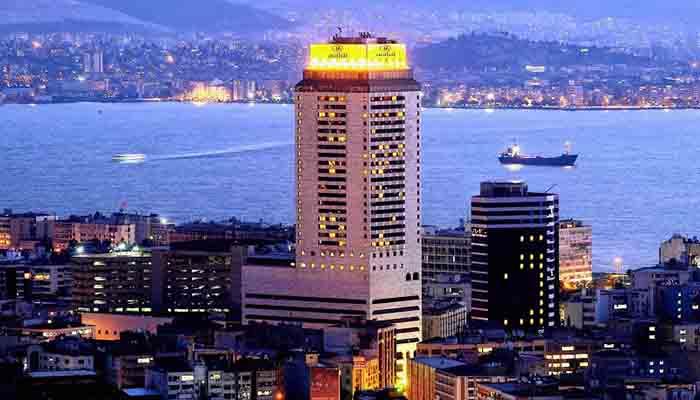 Hilton depremzedelere açılıyor