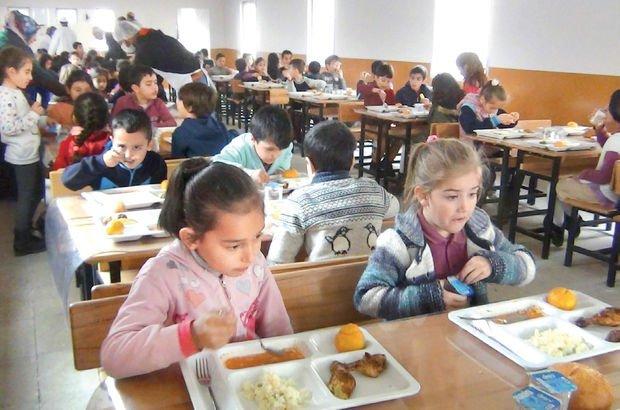 Milli Eğitim Bakanlığı, gelecek yıl tüm okullarda ücretsiz yemek verecek