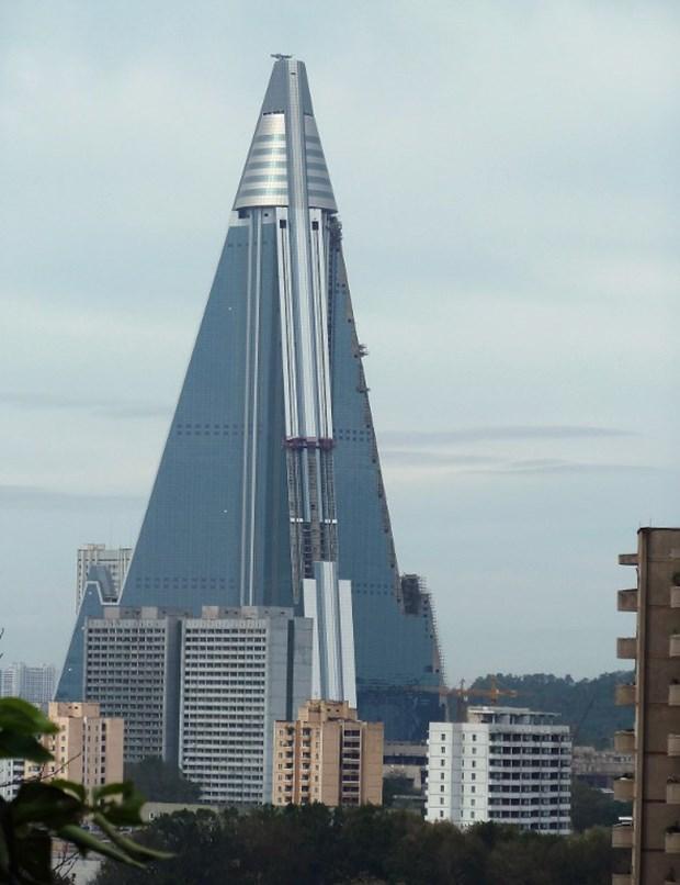 105 katlı otel açılıyor