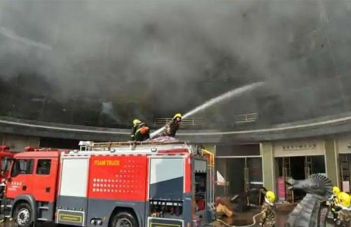 Otelde yangın: 18 kişi öldü