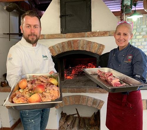 Şef Ömür Akkor, Macaristan\'da Anadolu tarihi mutfak kültürünü tanıttı