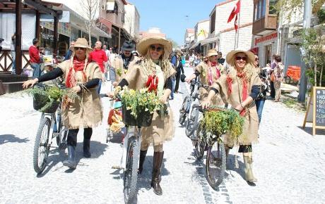 Festival, Çeşmeli turizmciye can simidi oldu
