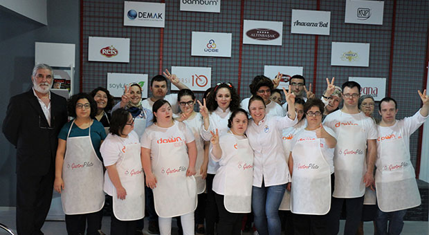 Gastro Plato Anneler Günü'nde değerli misafirlerini ağırladı