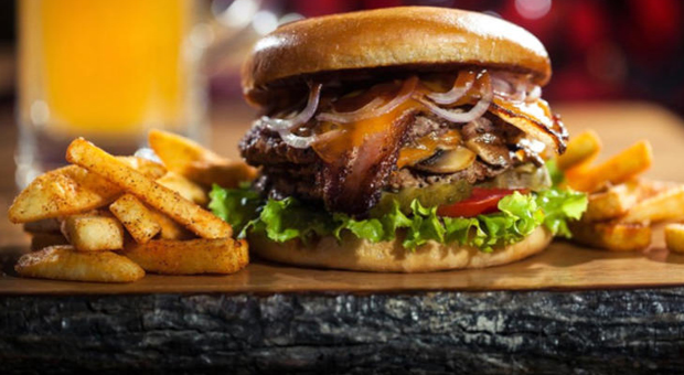 Fast food'culardan önemli TL kararı