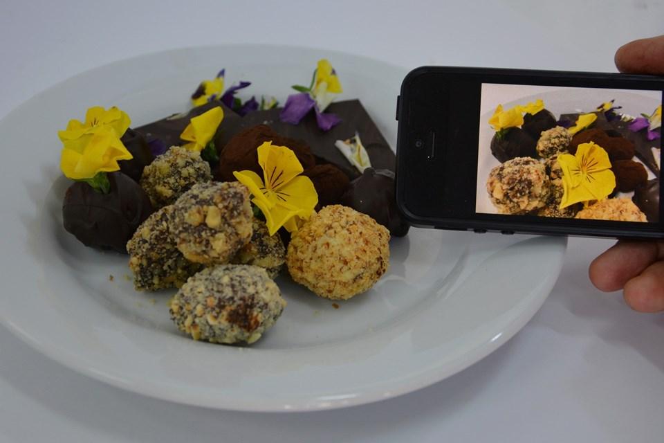 Sosyal medya için yemek fotoğrafı tüyoları