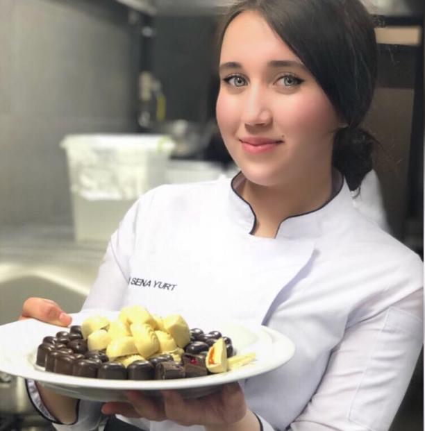 Arda Turan\'ın eşi Aslıhan Doğan evine MasterChef yarışmacısını aşçı olarak aldı