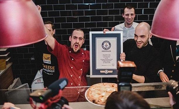 Bu pizza Guinness rekorunu kırdı!