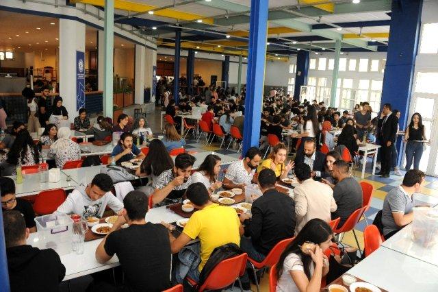 Askıda Yemek\' uygulamasıyla bir ayda 1500 öğrenci ücretsiz yemek yedi