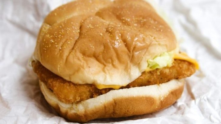 Çalışanlardan itiraf var: Fast food restoranlarında asla sipariş etmemeniz gereken 6 şey