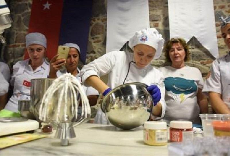 Guinness Rekorlu pastacı işin inceliklerini anlattı
