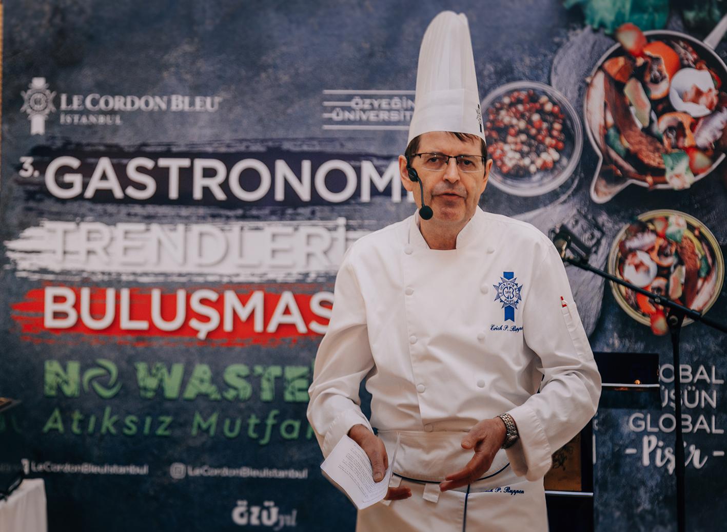 Mutfakta prestijin ve mükemmelliğin simgesi Le Cordon Bleu'nün ünlü mezun şefleri ve sektörün vizyonerleri 2019 yılının gastronomi trendlerinden öne çıkan atıksız mutfak ve sürdürülebilirlik konusunu sektörle paylaştı!