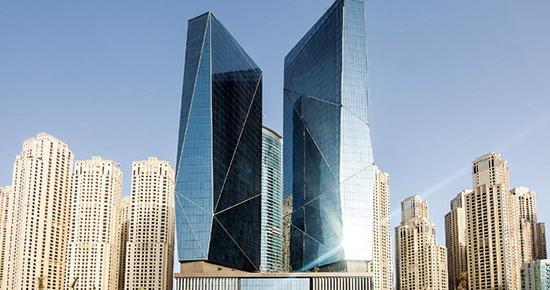 \'Fettah Tamince Dubai\'de 400 milyon dolarlık otel açtı\'