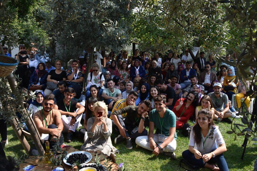 Ünlü aşçı Arda Türkmen Bursa\'da zeytin festivaline konuk oldu