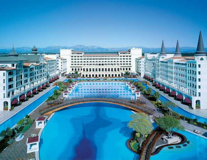 Mardan Palace'ı Rixos Hotels işletecek
