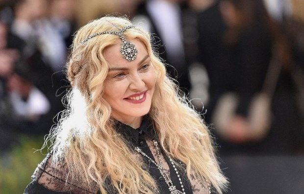 Madonna\'dan 810 bin TL'ye aşçı ilanı