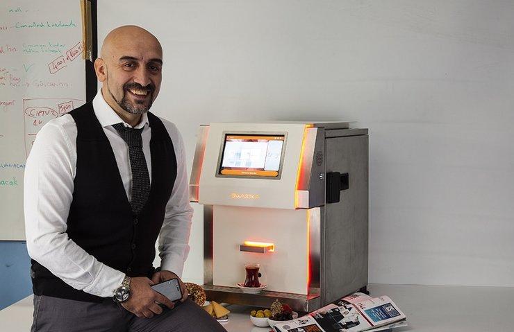 Dünyanın ilk IoT Tabanlı Akıllı Çay Demleme Otomatını bir Türk üretti