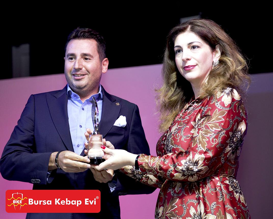 İskenderde geleneksel lezzeti bozmayan Bursa Kebap Evi'ne Brüksel'den sonra ikinci lezzet ödülü UFRAD'dan