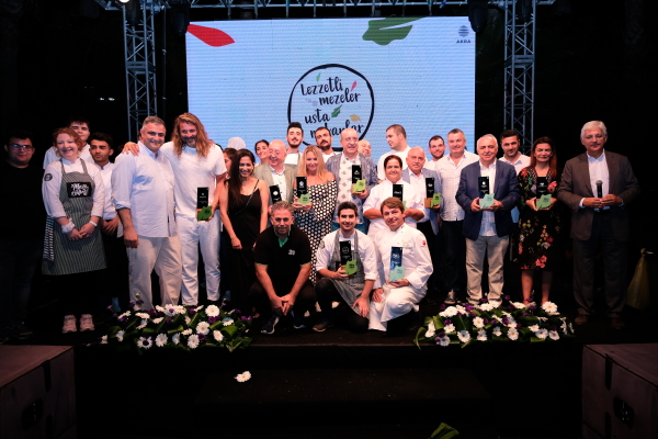 Birbirinden seçkin mekanlar 3. Uluslararası Meze Festivali'nde gastronomi tutkunlarıyla bir araya geldi