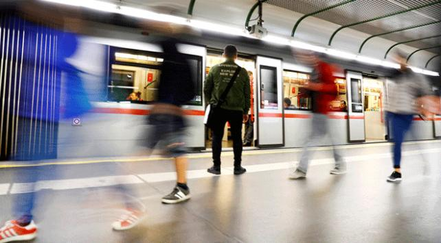 Viyana metrolarında yemek yasağı geliyor
