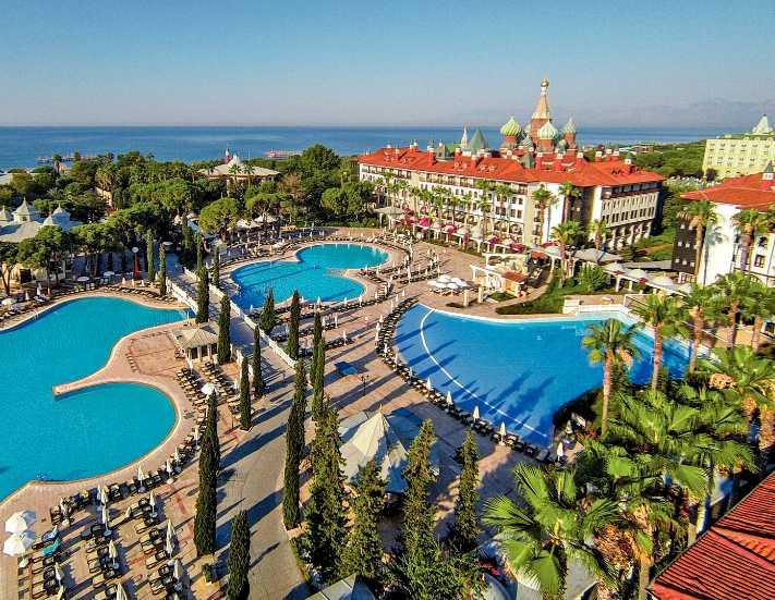 Pegas Antalya\'nın iki dev otelini kiraladı