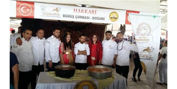 Hakkari 'Hakapad\' Altın Aşçı Heykeli Ödülü