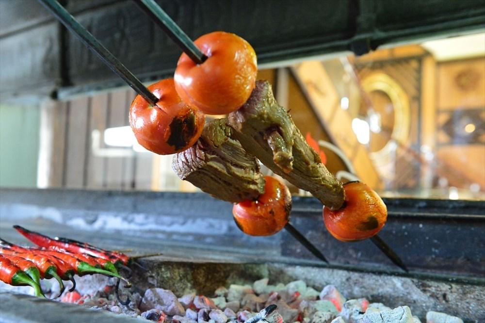 Gastronomi kenti Şanlıurfa\'nın yeni lezzeti: Göbeklitepe kebabı