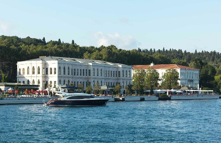 Four Seasons'ın İstanbul'daki otelleri yeniden açıldı