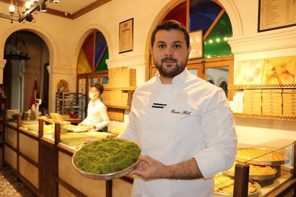 Gaziantep ünlü tatlısı Onur İbili'den Ramazan tercihi susatmayan baklava!!!!